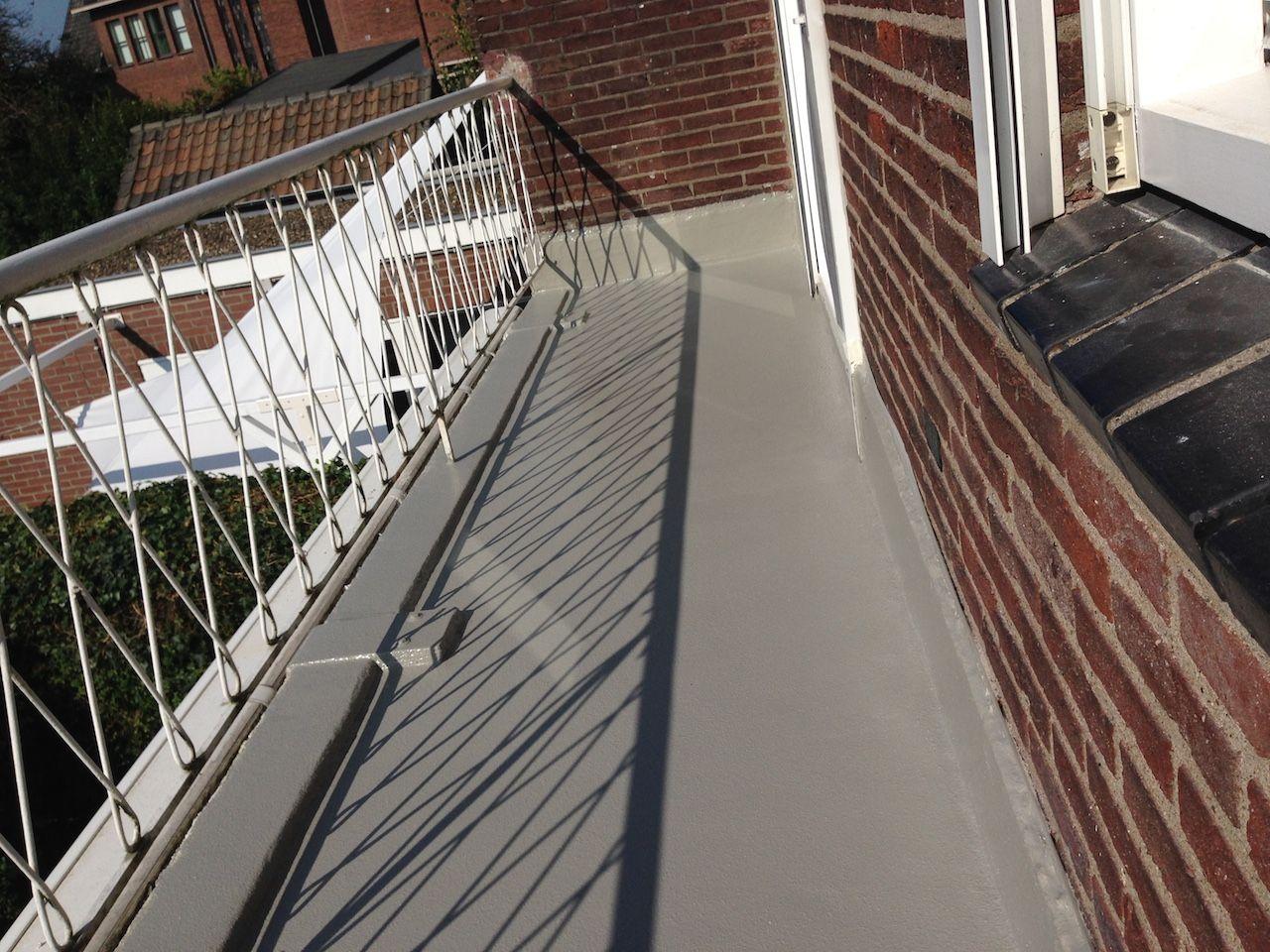 Trappen, balkons en galerijen